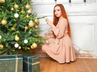 SmallButtone - Chat nude with a White Young lady