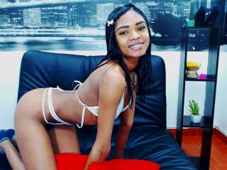 Picture of the sexy profile of PalmerKami, for a very hot webcam live show !