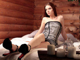 BonnyMilton - Chat cam exciting with this redhead Sexy girl
