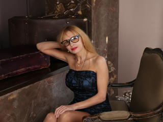 BlondPussy - Web cam x with a sandy hair Hot lady