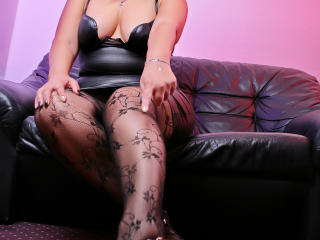 Photo de profil sexy du modèle GoddessDeborah, pour un live show webcam très hot !