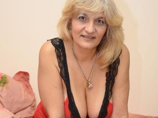 YourLadyHott - online chat sex with a European College hotties
