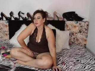 Picture of the sexy profile of NaughtyAgatar, for a very hot webcam live show !