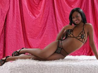 AliceLatina - Video chat xXx with a brunet College hotties