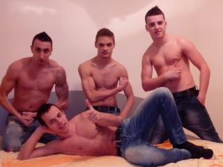 Picture of the sexy profile of FourMuscleBoyzXXX, for a very hot webcam live show !