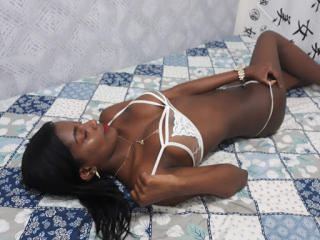 ZoeBella - Video chat x with this black Hot chicks