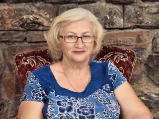 Foto de perfil sexi, da modelo LolkaAlyss, para um live show webcam muito quente!
