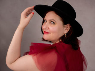 BigTitsXHot - Chat live sexy with this Sexy mother with gigantic titties